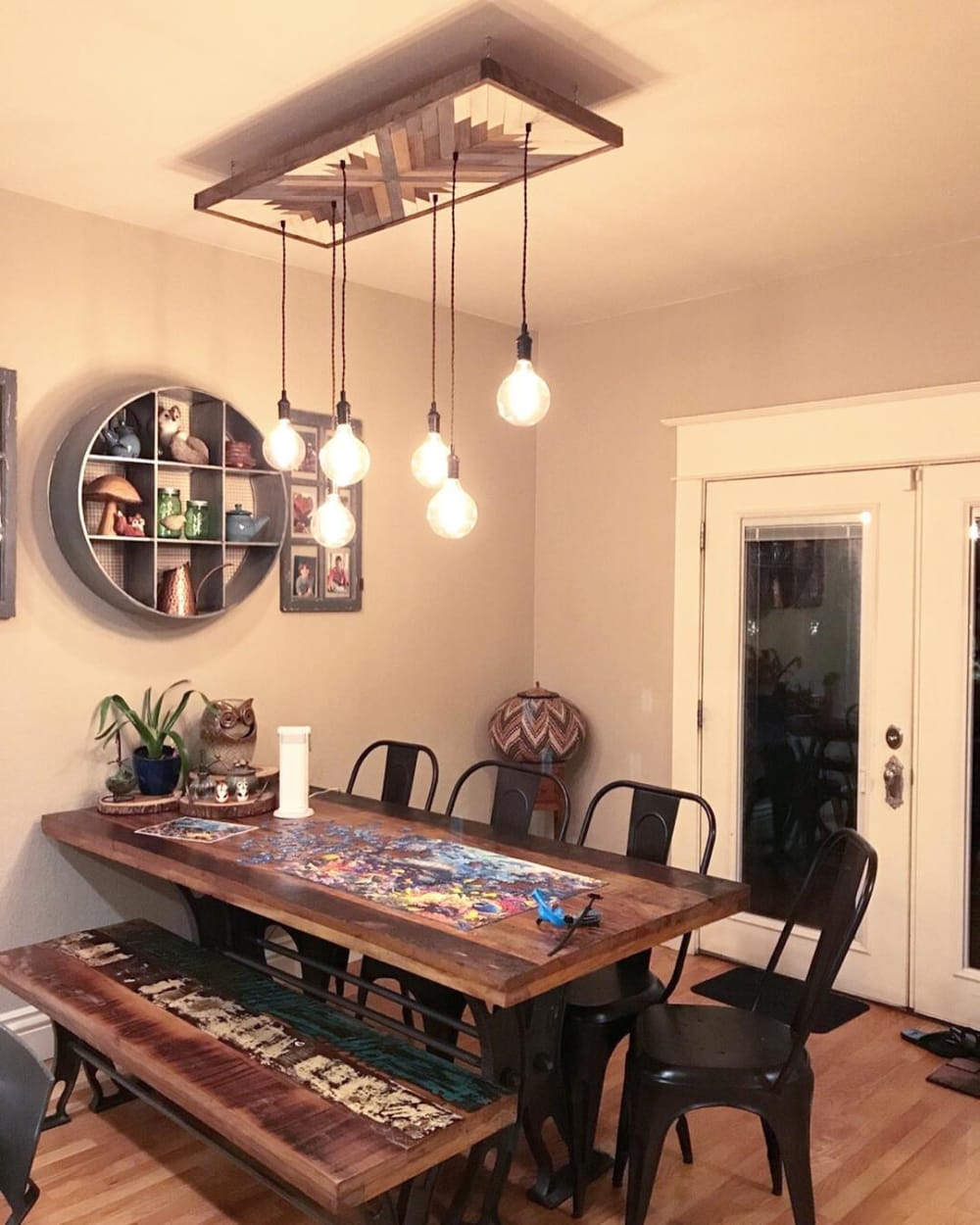 Wooden sculptural light fixture hanging bulbs
