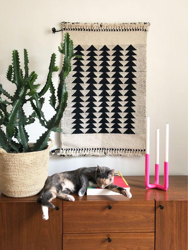 Triangle patterned wall hanging