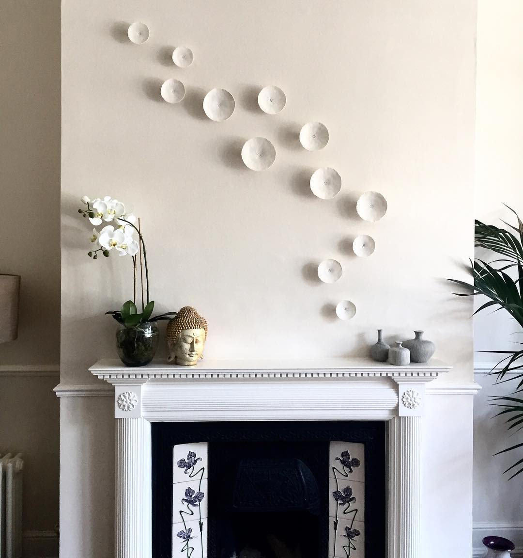 White Porcelain Wall Installation Plates