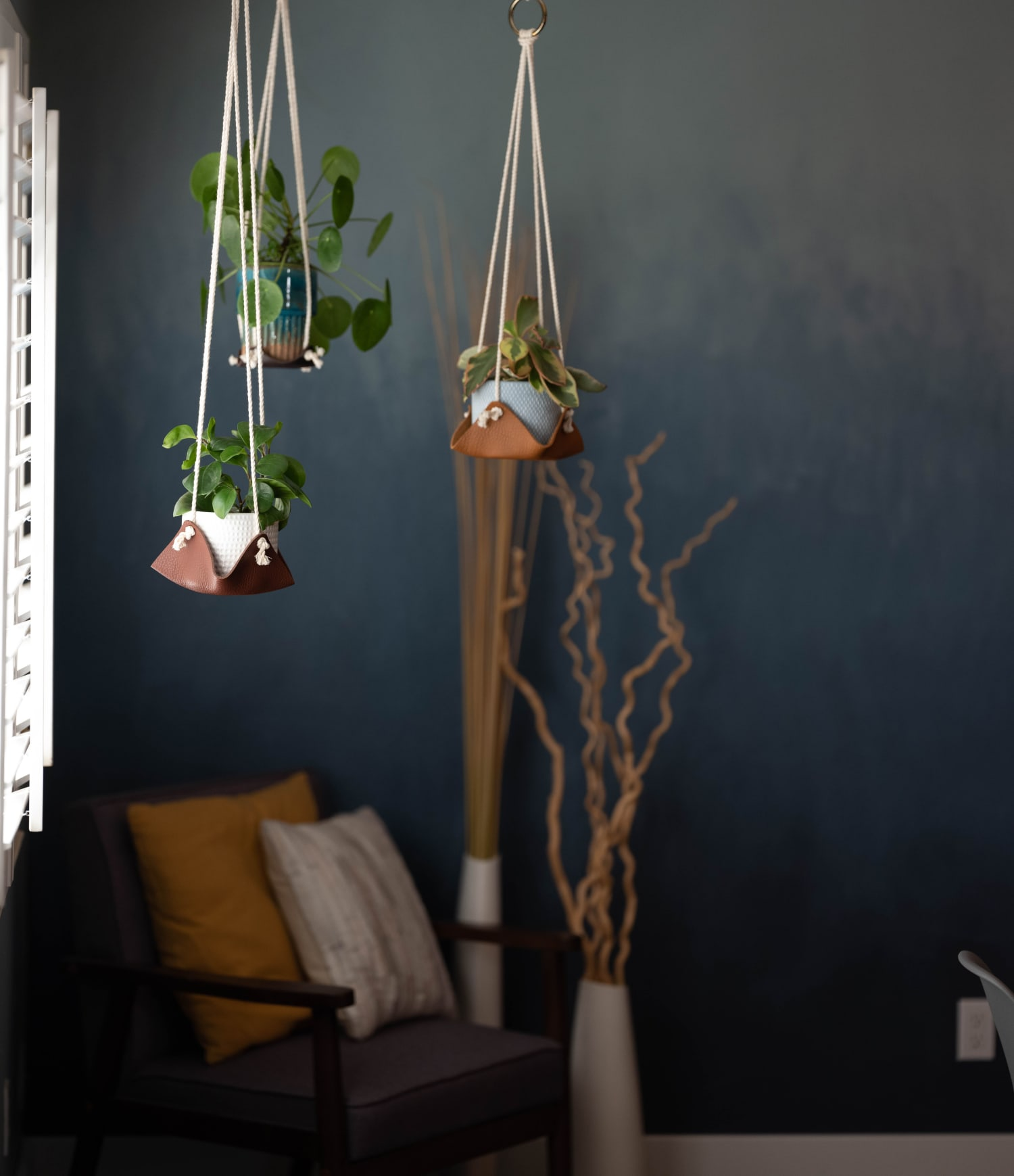 Fiber Rope Hanging Planter Leather Base