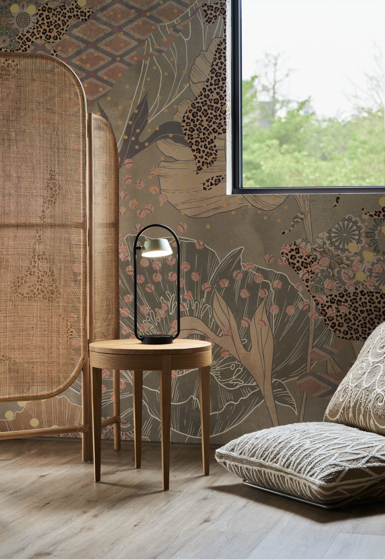 Sleek modern bedroom lamp