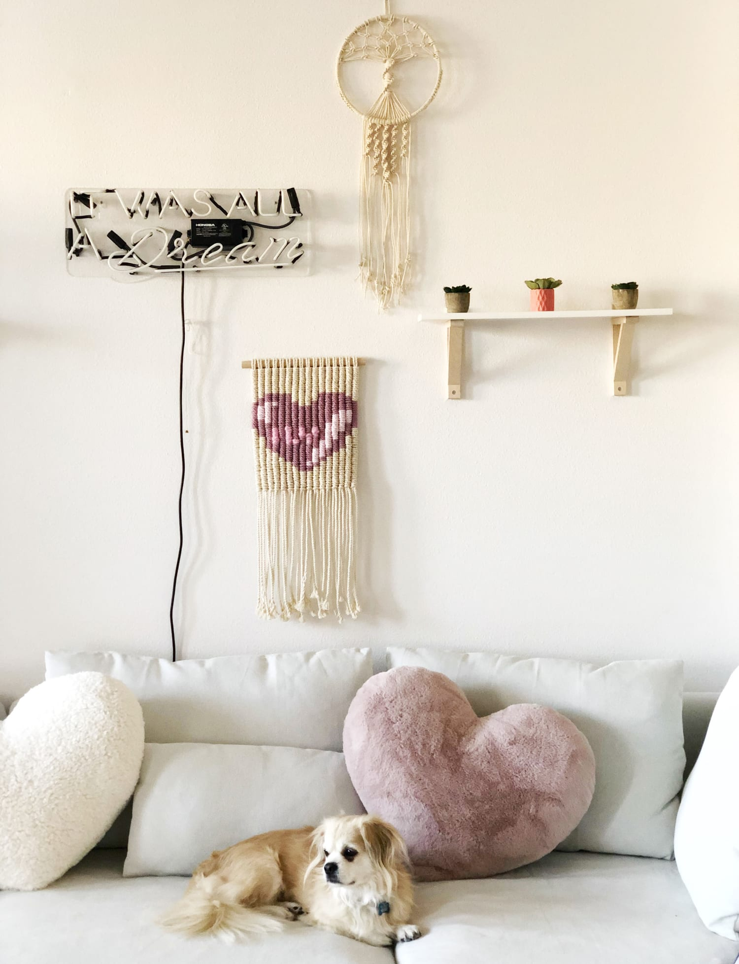 Macrame wall hanging with heart