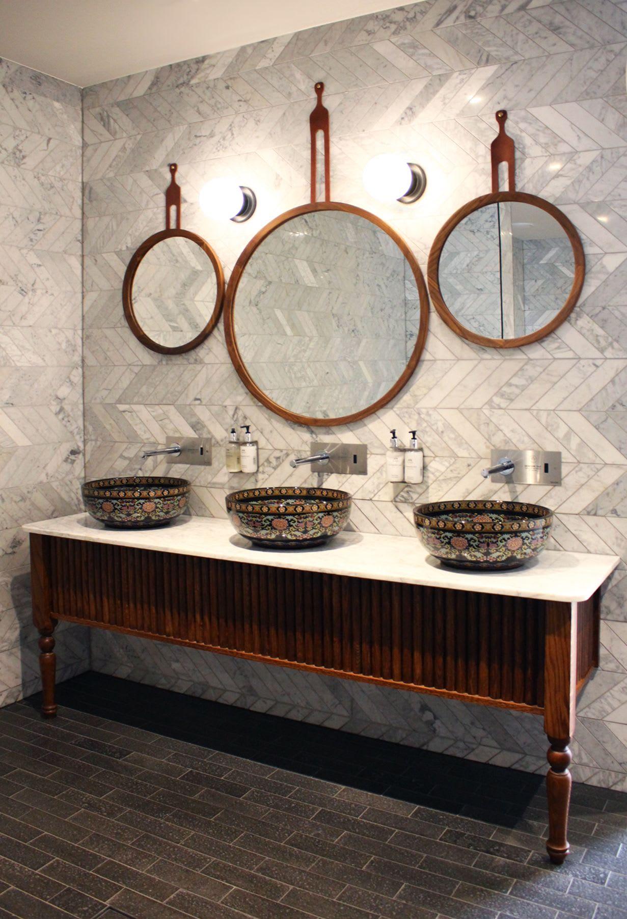 Hanging circle bathroom mirrors