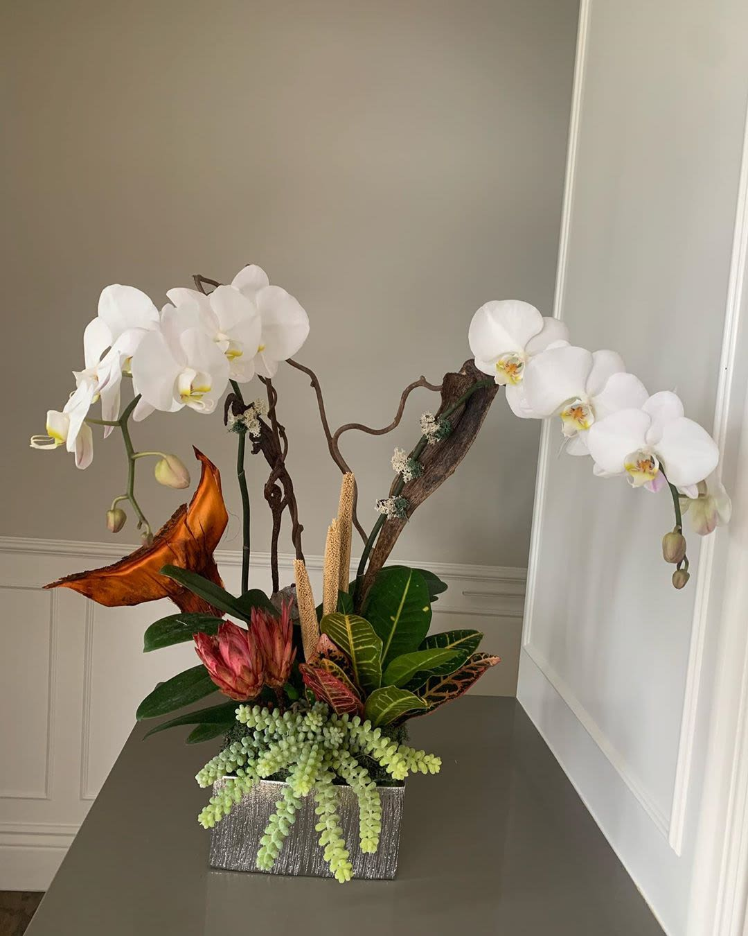 Vibrant Orchid Arrangements By Fleurina Designs Seen At Almaden Golf Country Club San Jose Wescover