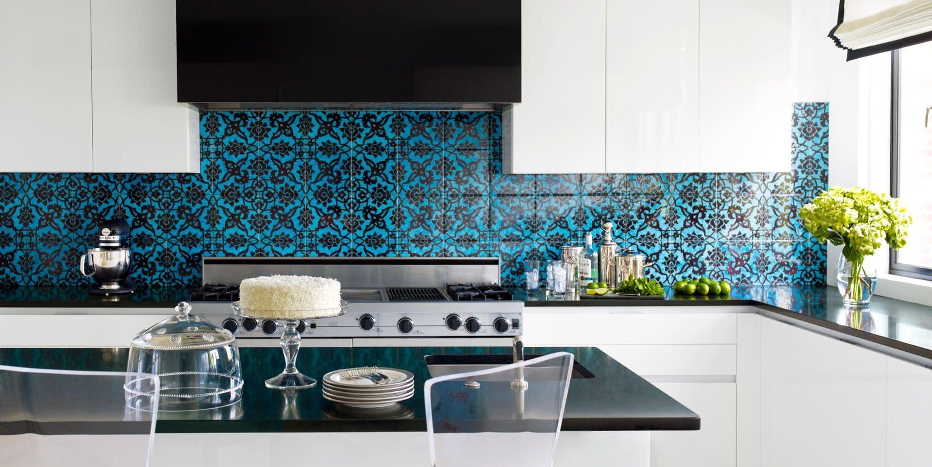 Blue floral pattern Lisbon wall tile kitchen backsplash
