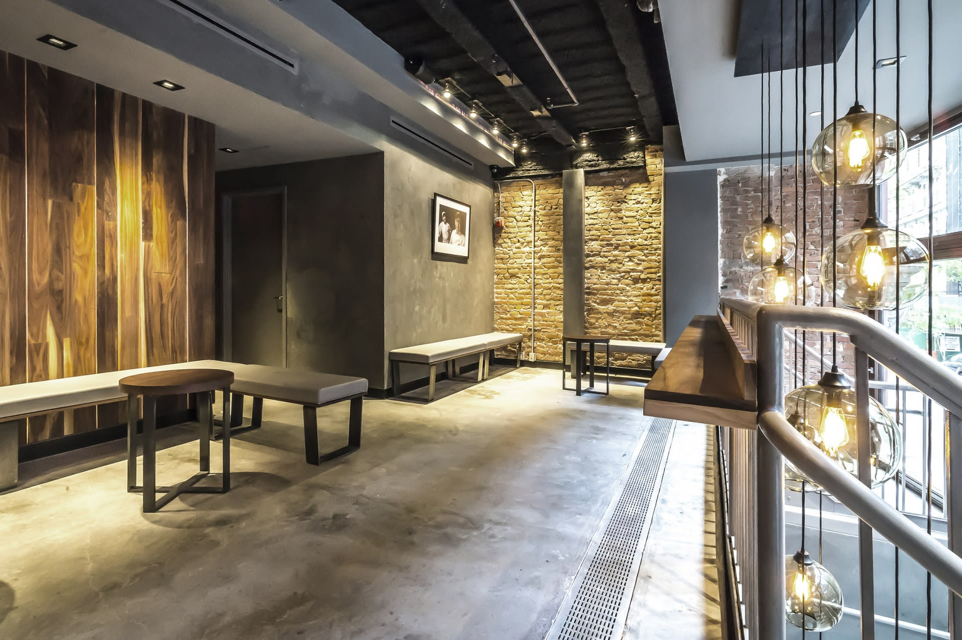 Interior Design by Marmol Radziner seen at SUGARFISH by sushi nozawa, East 20th Street, New York - Interior Design