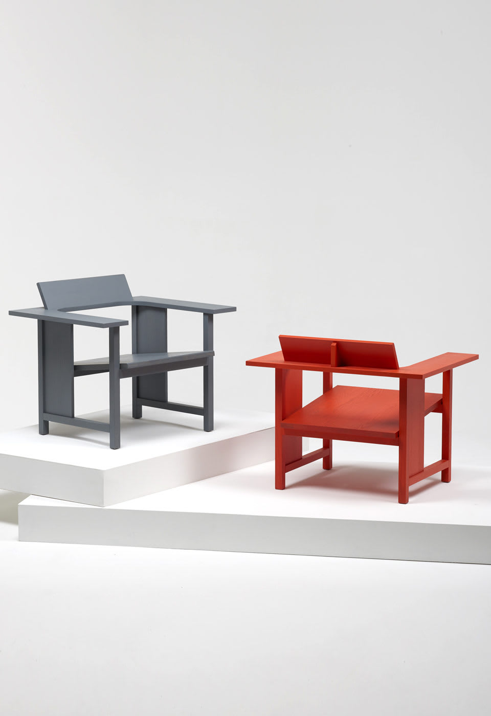 Chairs by Mattiazzi Italy seen at Sulwhasoo Flagship Store, Dosan-daero 45-gil - Clerici