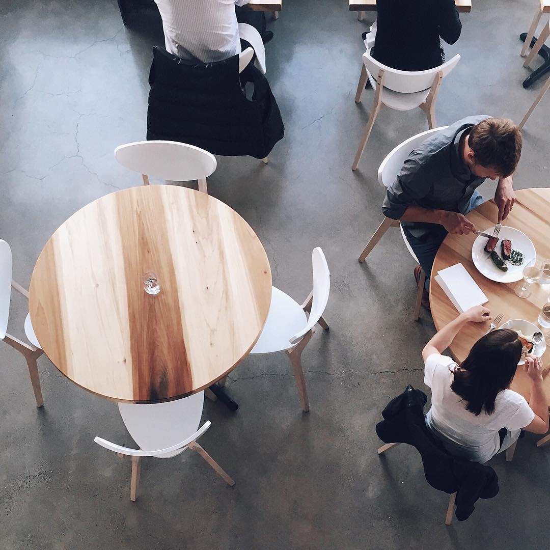 Round light wood Scandinavian table