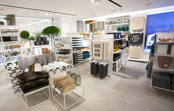Interior Design by G4 Group seen at H&M - Architectural Design