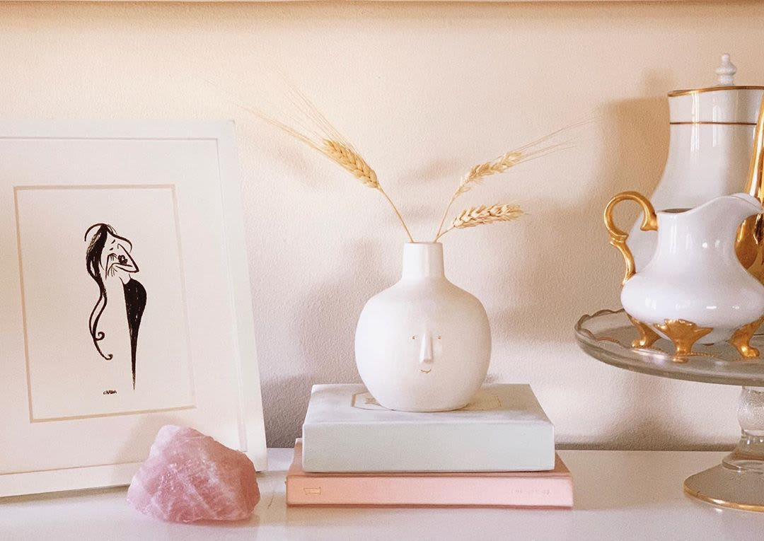 Minimal Wide White Vase with Bottleneck and Face