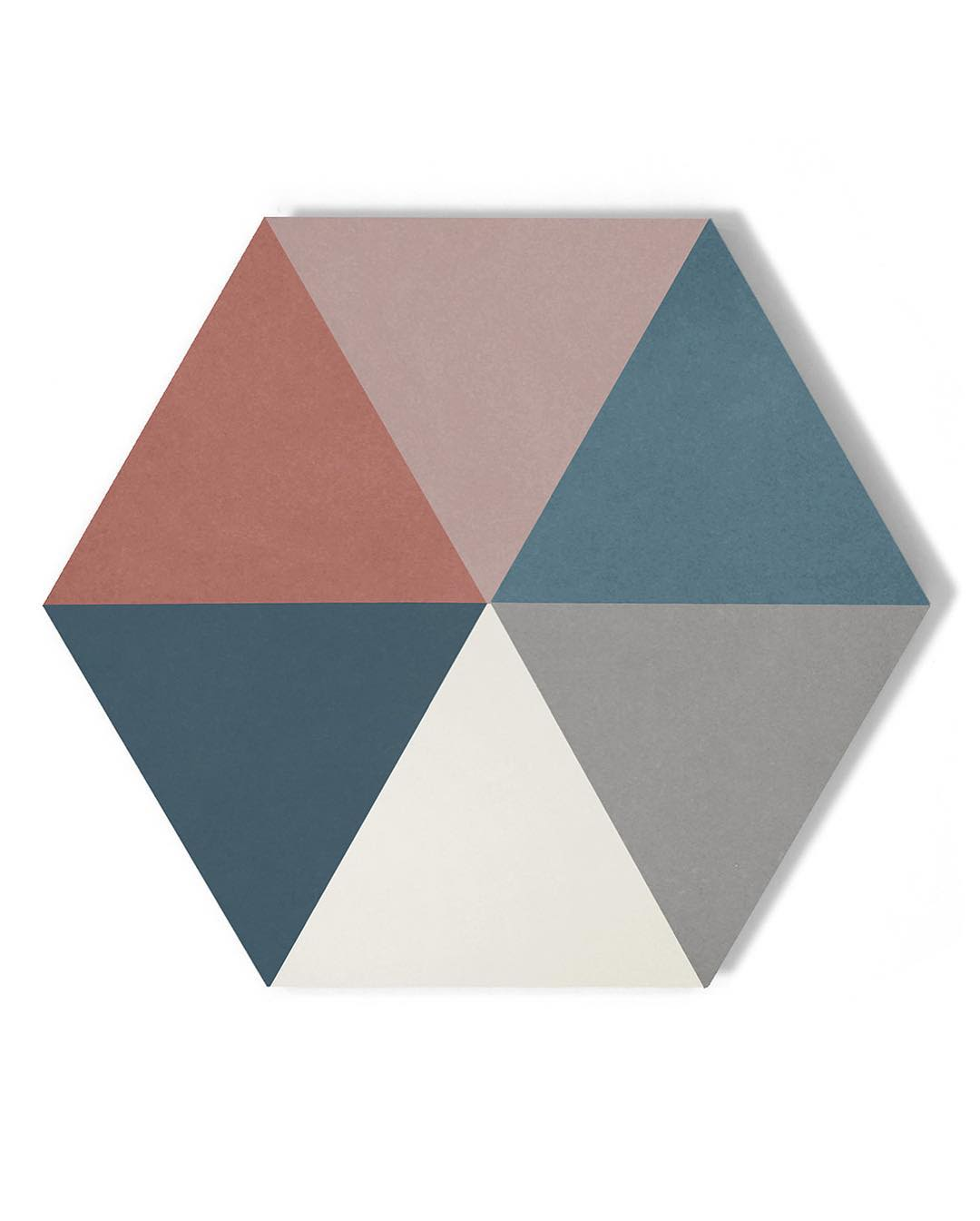Multicolor triangle hex tile detail