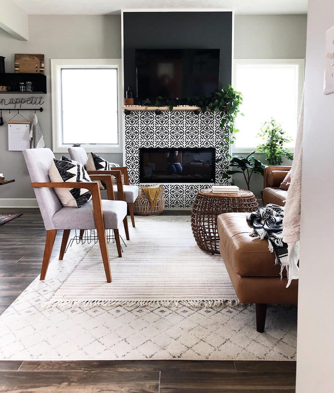 White cream pattern rugs
