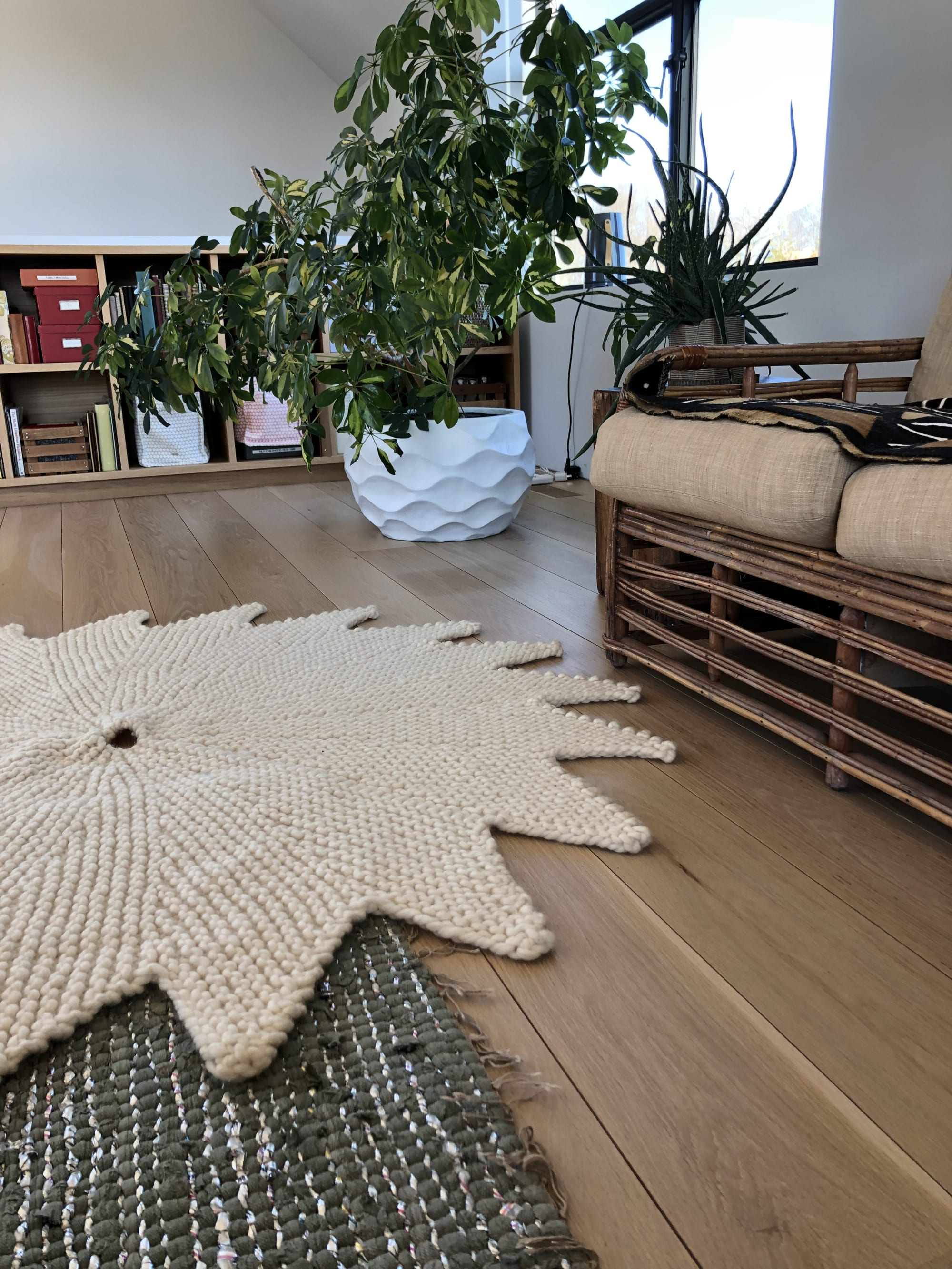 Rugs by Nancy Winarick seen at Private Residence, Bridgehampton - el sol