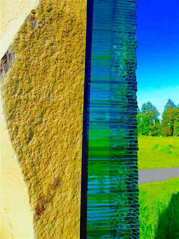 Public Sculptures by Walter Gordinier seen at Miner's Corner, Bothell - Stone Sway