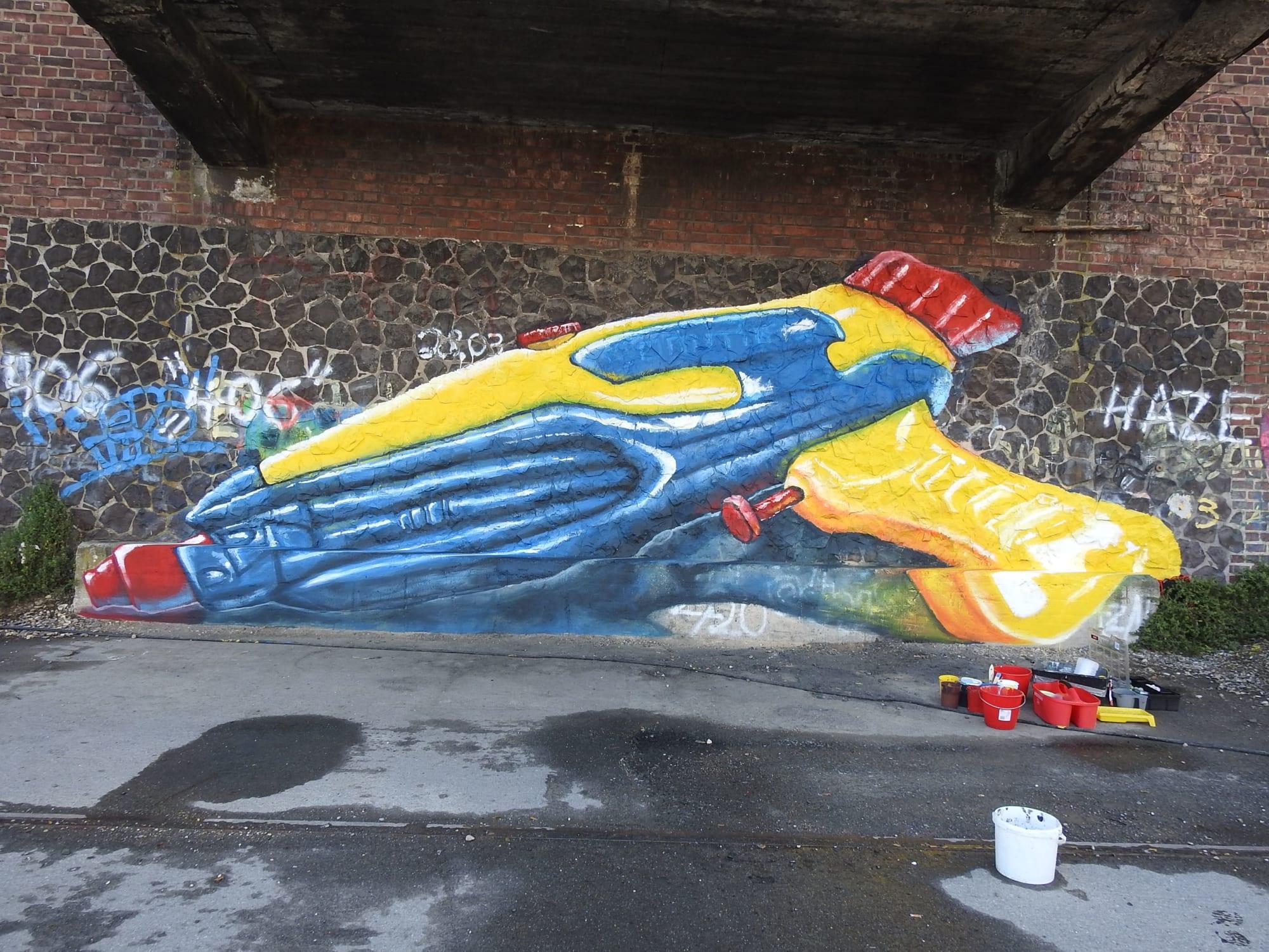 Street Murals by Anat Ronen seen at Krefeld, Krefeld - Summer Time!