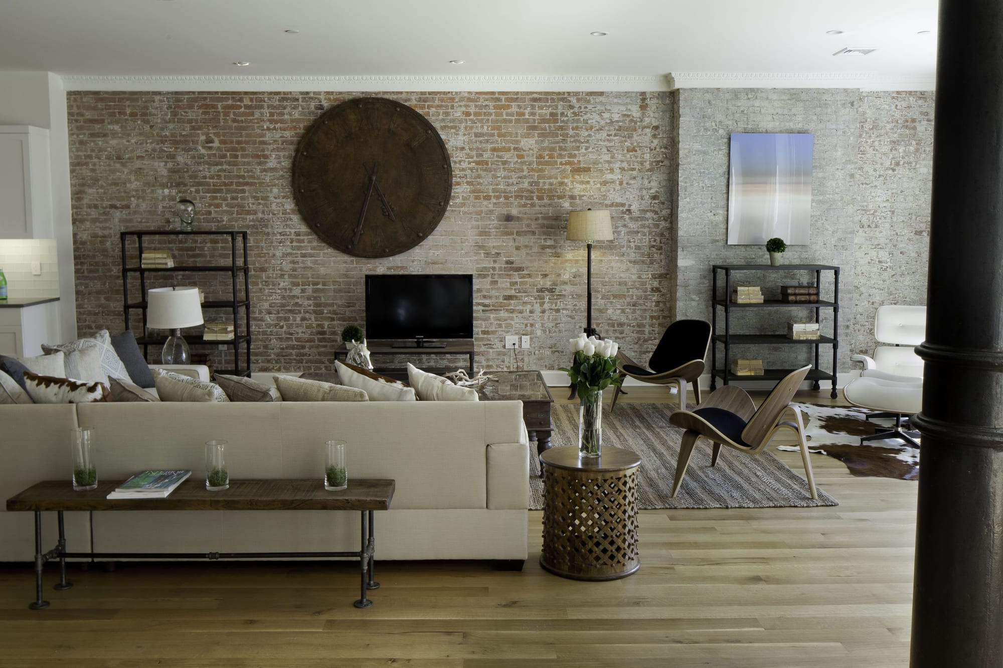 Interior Design by Marie Burgos Design seen at Private Residence - Spice Warehouse, New York - SPICE WAREHOUSE TRIBECA LOFT