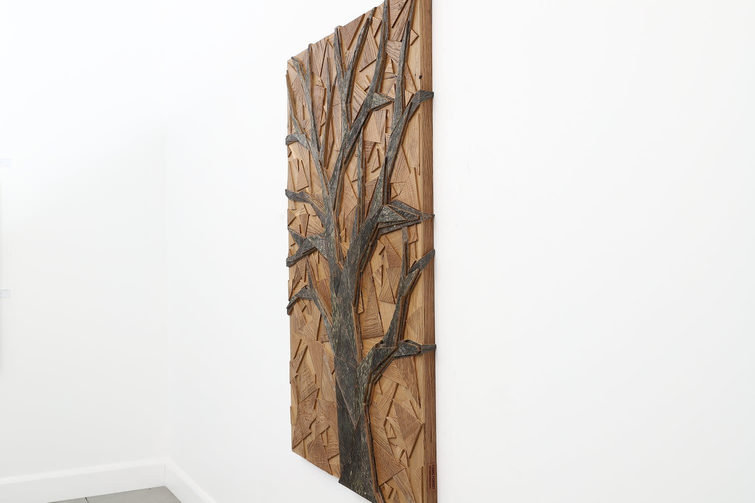 Sculptures by Craig Forget seen at 948 Lakeshore Rd 107, Essex - Oak Tree