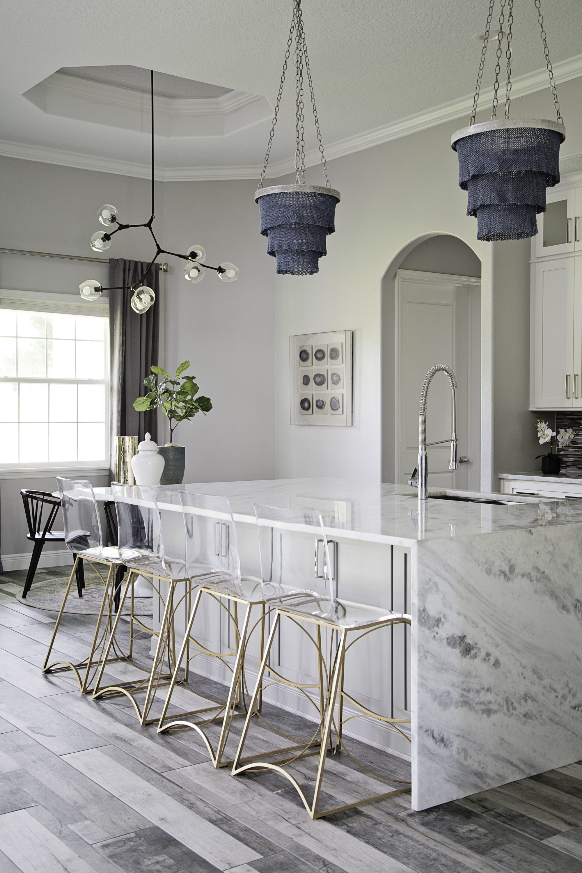 Interior Design by Motivo Home seen at Private Residence, Winter Park - Fancy Farmhouse