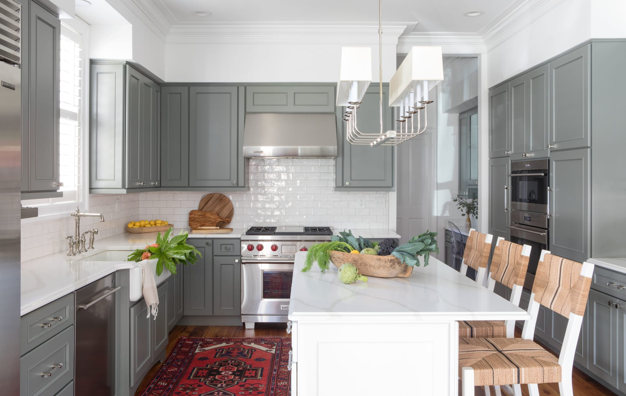 Warm gray and white kitchen cabients