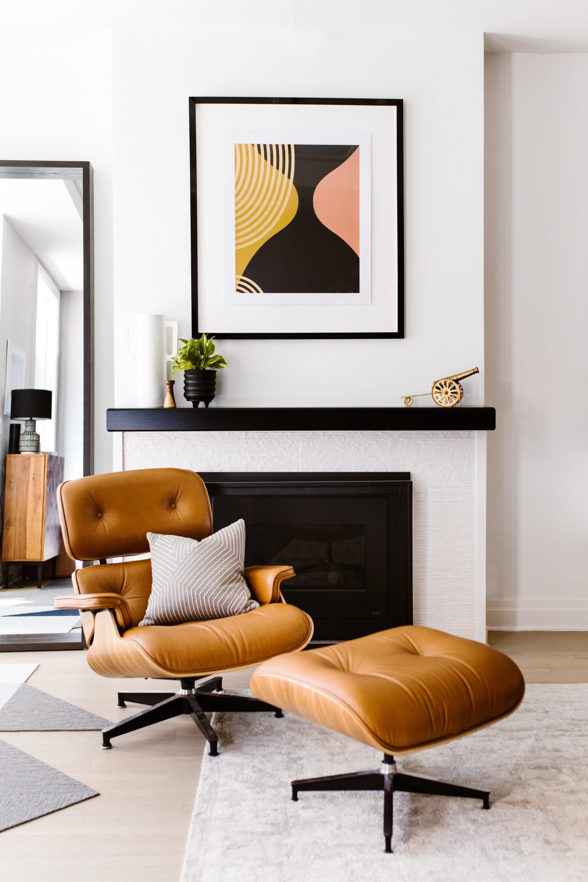 Interior Design by Kerra Michele Interiors seen at Private Residence, Washington - Shaw House