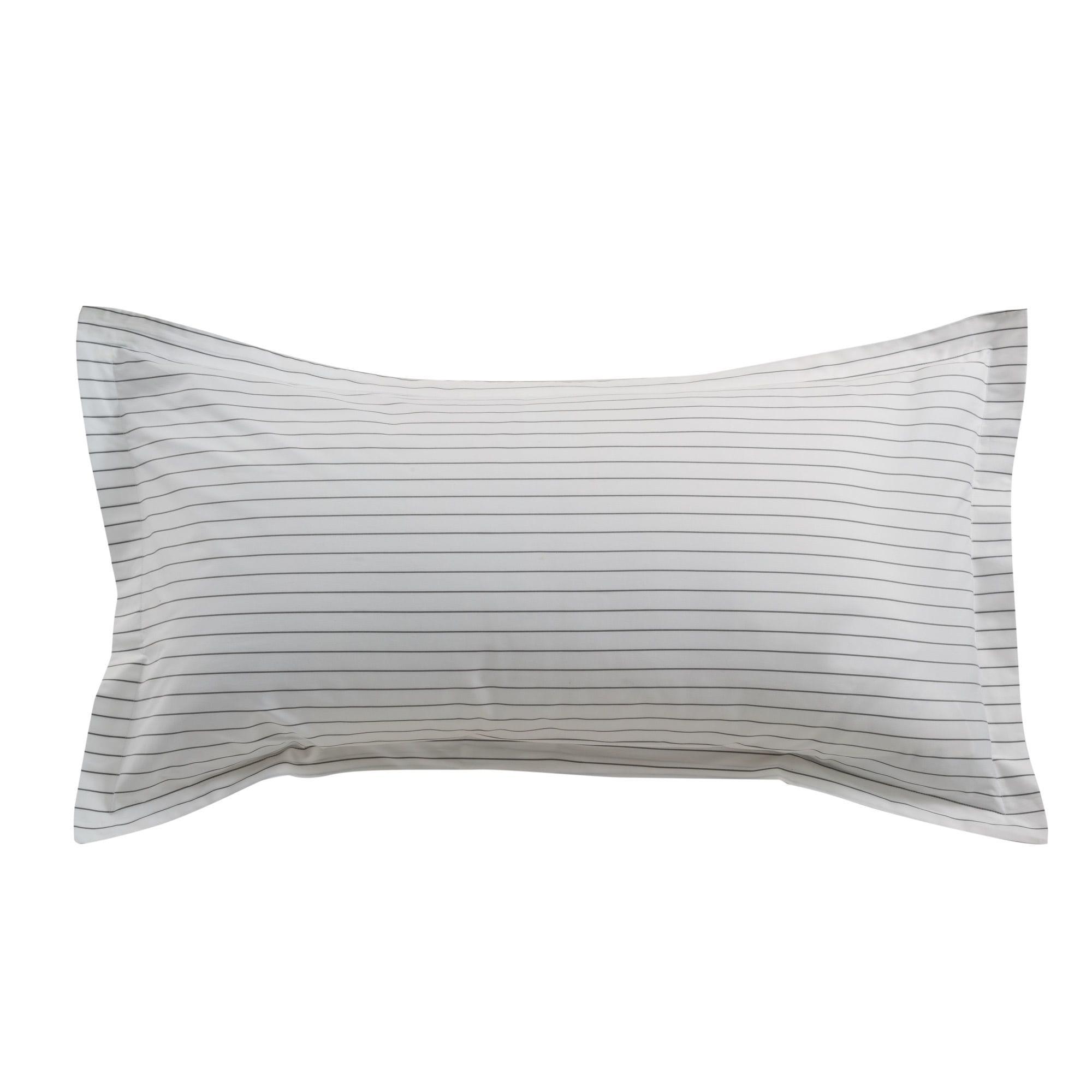 Linens & Bedding by ELEGANT STRAND seen at Private Residence - Boca Raton, FL, Boca Raton - Portofino Oxford Stripe Sheet Set