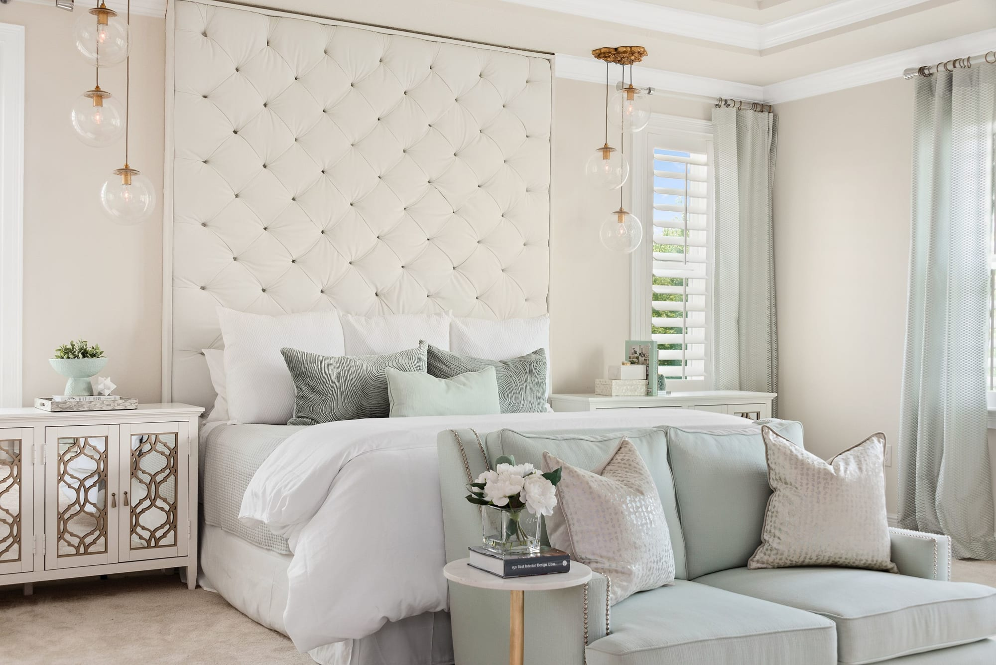 Interior Design by Motivo Home seen at Private Residence, Winter Park - Everyday Glam