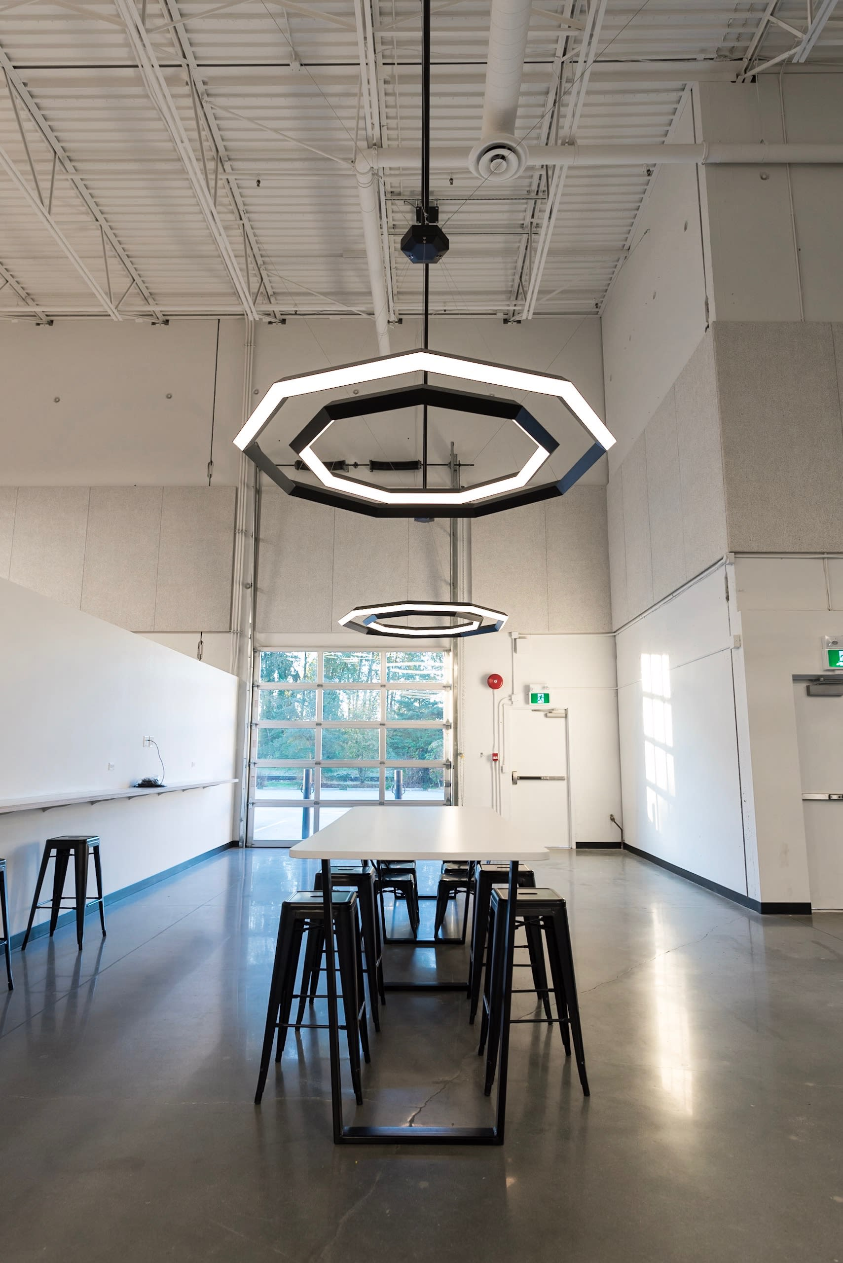 Chandeliers by Karice at Vancouver, Vancouver - Diamond Luxennea