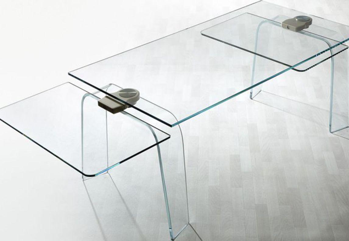 Tables by Satyendra Pakhalé seen at Villa Miralfiore, Pesaro - Kayo extensible table