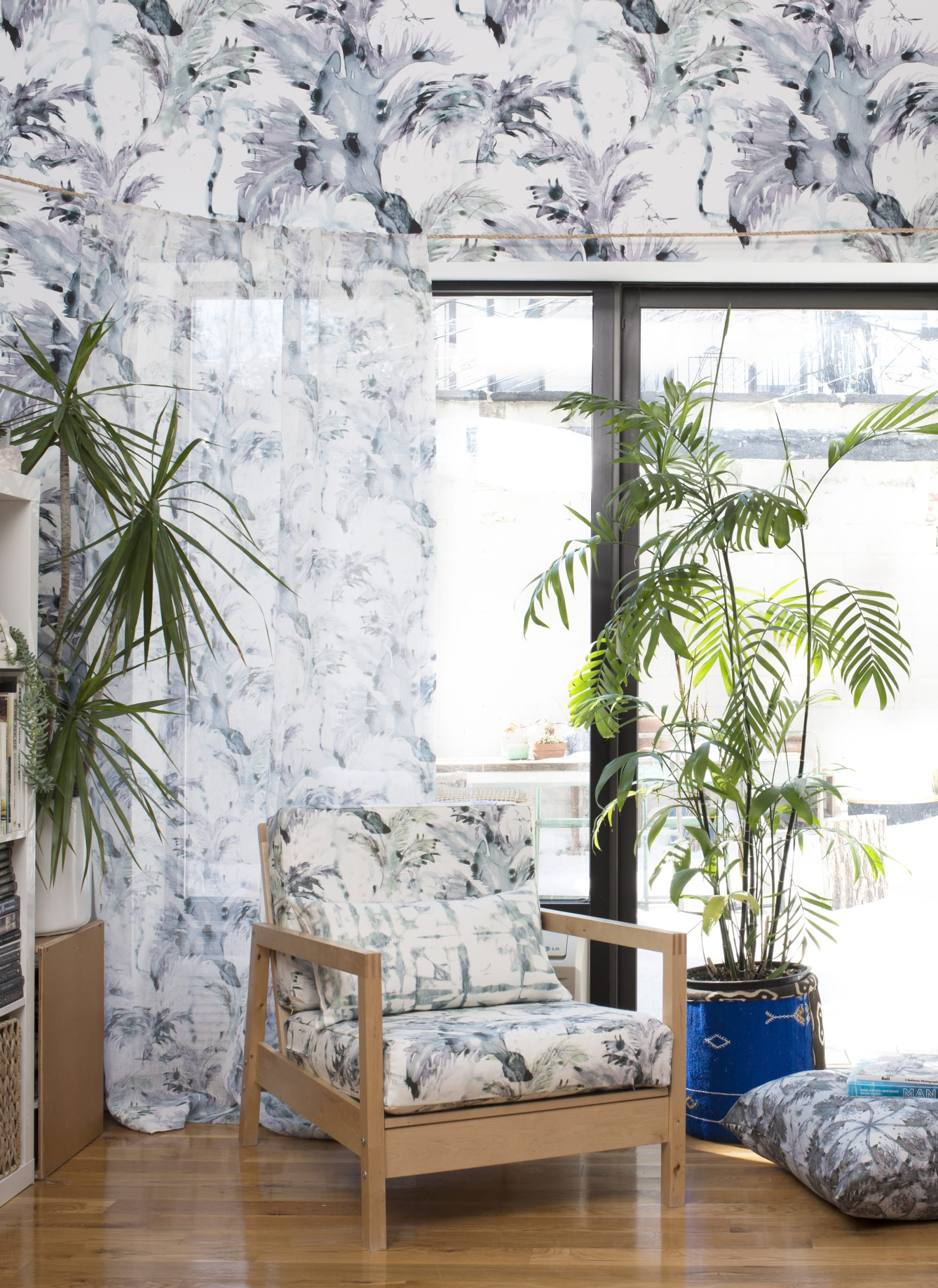 Wallpaper by Eskayel seen at Private Residence, New York - Cocos Chloros