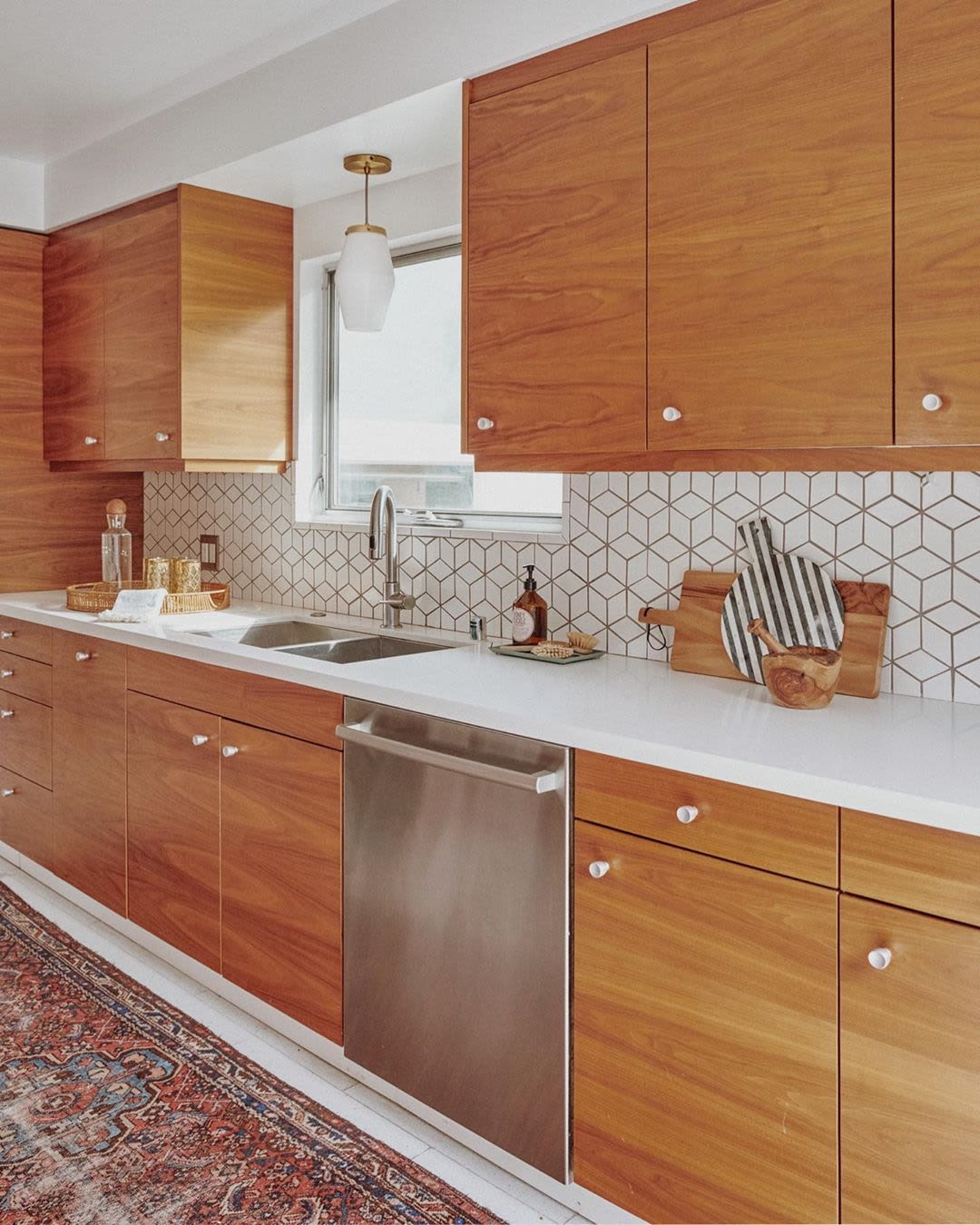 Clean Geometric Tile Backsplash