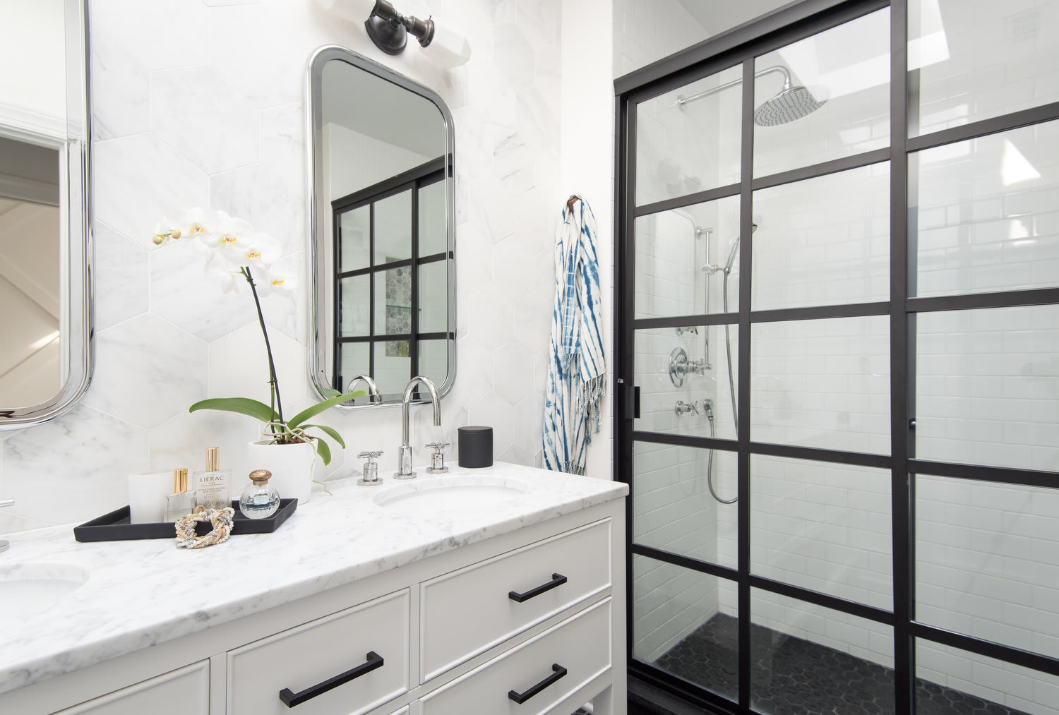 Interior Design by Kerra Michele Interiors seen at Private Residence, Washington - T Street Rowhouse