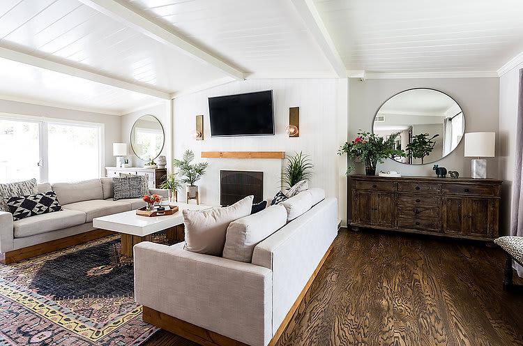 Interior Design by Courtney Bates Design seen at Private Residence, Santa Clarita - Interior Design