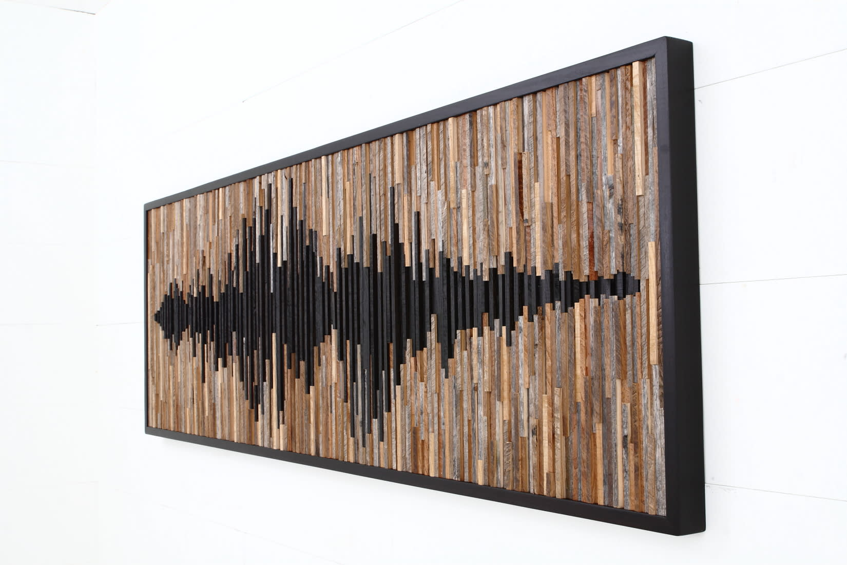 Sculptures by Craig Forget seen at Private Residence, Mississauga - Sound Wave