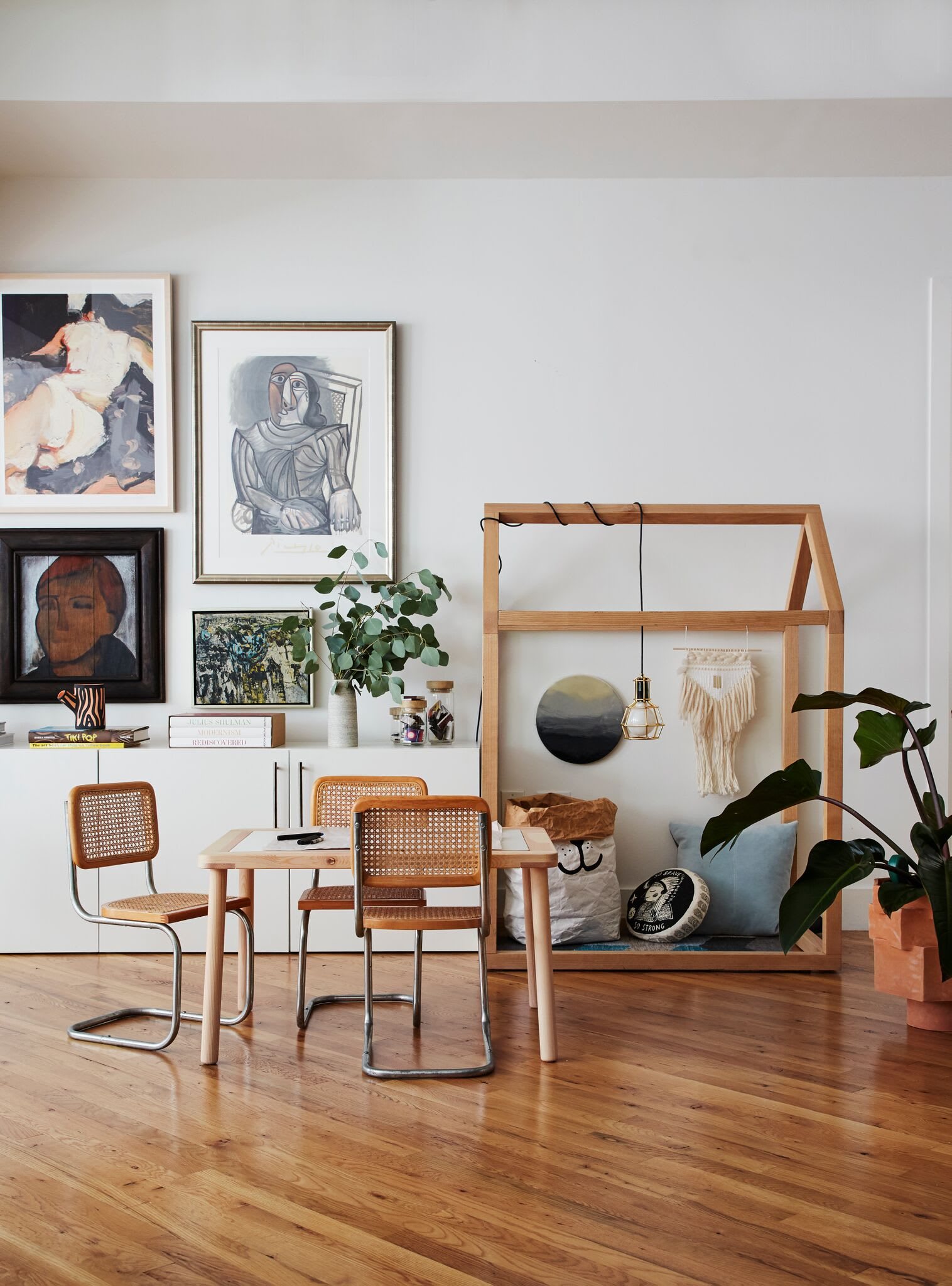 Interior Design by Tali Roth Designs seen at Private Residence, New York - 20th St Loft Interior Design