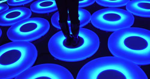 Jen Lewin - Lighting and Public Sculptures