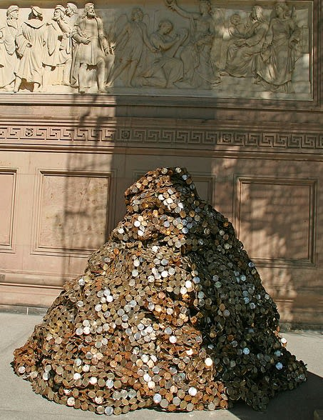 Sculptures by El Anatsui seen at Alte Nationalgalerie, Berlin, Berlin - Yam Mound, 2010