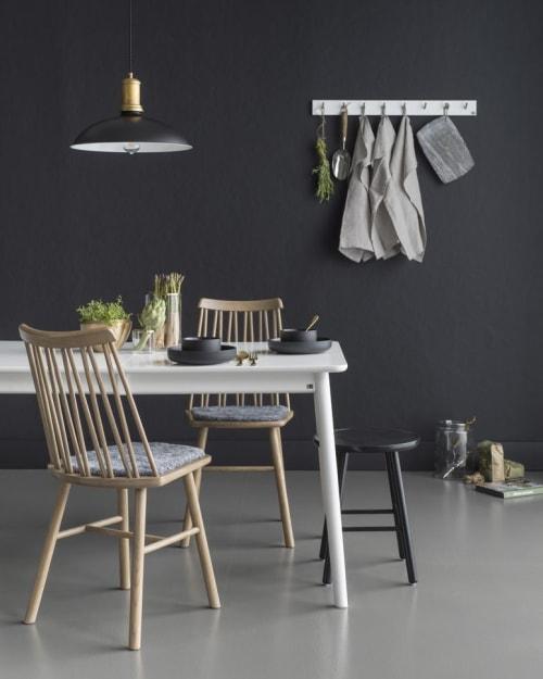 ZigZag Chair | Chairs by Hans K | Orangeriet Bar & Café in Kungsholmen