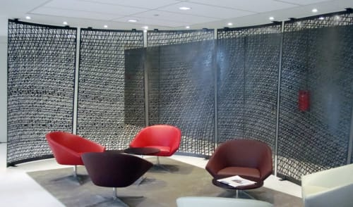 Hardware by Amuneal seen at Dentons, New York - SNR Denton Screen Walls