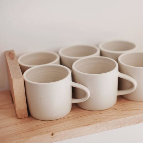 Tableware by Notary Ceramics seen at Maru Coffee, Los Angeles - Simple Mug