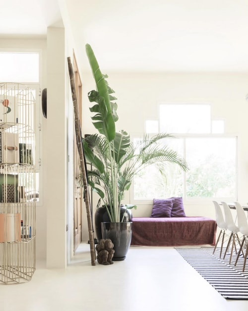 Interior Design by SUPERFUTUREDESIGN* seen at Private Residence, Dubai - Umm Suqueim Villa