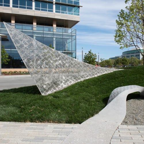 Public Sculptures by Cliff Garten at Moffett Towers II, Sunnyvale - Suturis