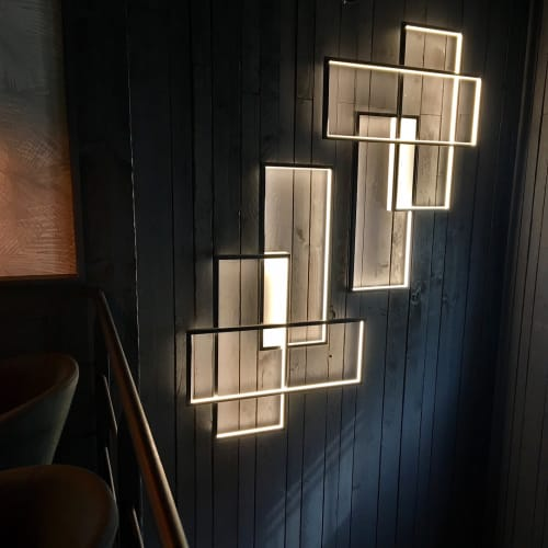 Lighting by CINIER Americas seen at Le Notre Dame Café, Rungis - Trio LT