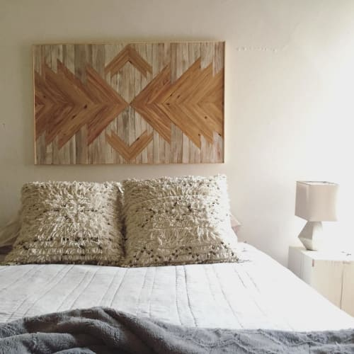 Wall Hangings by Nicole Sweeney seen at Private Residence, San Francisco - White & Tan Starburst