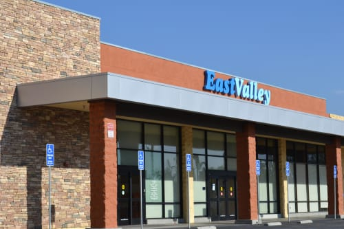East Valley Community Health Center, Public Service Centers, Interior Design