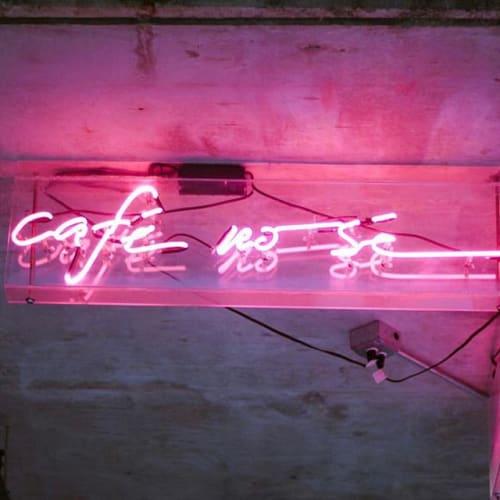 Signage by The Neon Jungle (Evan Voyles) at Café No Sé, South Congress Hotel, Austin - Cafe No Se Neon Sign