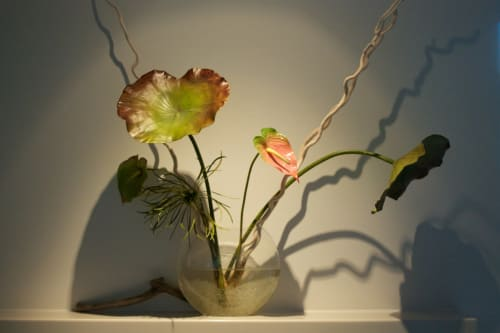 Lili Cuzor - Floral Arrangements and Floral & Garden