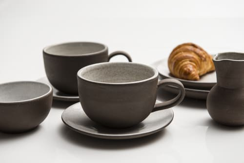 Jono Pandolfi - Ceramic Plates and Tableware