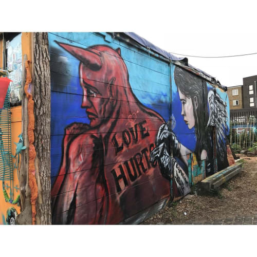 Street Murals by Dynamick seen at Nomadic Community Garden, London - Love Hurts Mural
