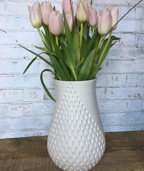 Vases & Vessels by Jennifer Spring Ceramics seen at Private Residence, Seattle - Vase