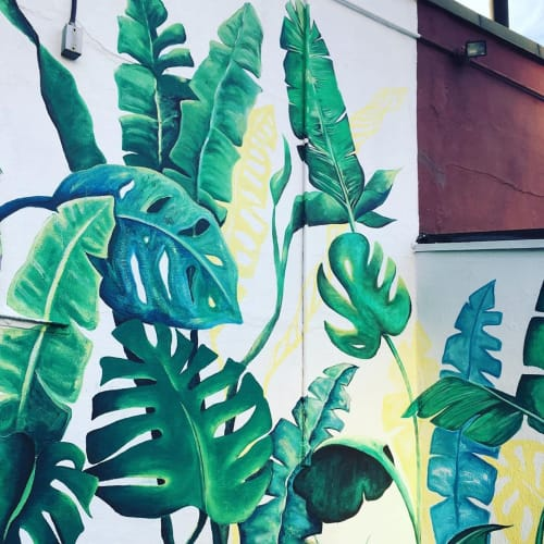 Murals by Mercedes Llanos seen at Herald Towers, New York - Banana Leaves Mural